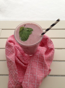 Today is Chicago freezing rain and snow, but I made sure to make this smoothie